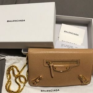 BALENCIAGA CLASSIC GOLD CHIAN WALLET SHOULDER BAG